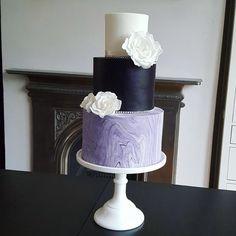 Purple Marble Wedding Cake - cake by Klis Cakery Burgundy Wedding Cake, Purple Wedding Cakes, Beautiful Cakes, Amazing Cakes, Small Wedding Cakes, Gateaux Cake, Purple Marble, Marble Cake, Celebration Cakes