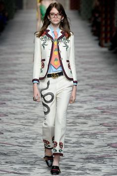 082e7d81d82 Gucci Spring 2016 Ready-to-Wear Fashion Show