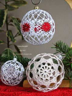 A lot of diagrams for snowflakes and balls. Handmade by Iris .: nowe bombki i schematy Crochet Ball, Crochet Dollies, Crochet Home, Crochet Motif, Crochet Patterns, Crochet Christmas Ornaments, Holiday Crochet, Crochet Snowflakes, Christmas Crafts