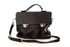 Geanta piele neagra Backpacks, Metal, Bags, Fashion, Handbags, Moda, Fashion Styles, Taschen, Fasion