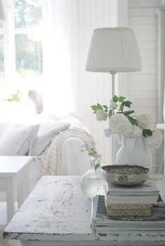 white living decor ♡ teaspoonheaven.com