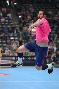 VELUX EHF FINAL4 2015 EHF Champions League Vive Tauron Kielce THW Kiel MKB Veszprém KC MKB Veszprém KC international LANXESS arena LANXESS FCB Handbol #Broadcasting #EHFFinal4 #Handball #barça #campions #finalfour #FCBarcelona #EHF #scoremore #SkyHandball #Sky #ehfcl #Köln #Cologne #Colonia #CGN #Sport #Handbol #PlayHandbol #fcbarcelona #balonmano #FCBHandbol #dawajDAWAJ #Broadcast #veluxehfcl #håndbold #SkyCL #Hentbol — hier: LANXESS arena. Sport Man, Fc Barcelona, Champions League, Cool Style, Sporty, Running, Fashion, Handball, Kiel