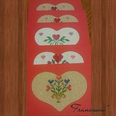 Tarjetitas para el dia de San Valentín hechos en punto de cruz (Valentine's crossstitch cards)