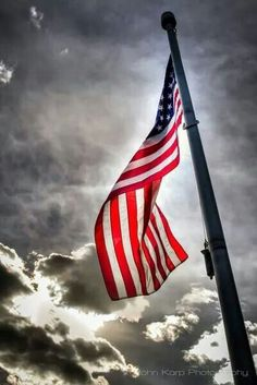 Our beautiful Anerican flag. Via: the veterns site.