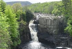 This 5 mile circular walk takes you through the stunning landscape of Upper Teesdale, within the North Pennines Area of Outstanding Natural Beauty, it includes Low and High Force waterfalls - the… River Tees, Days Out With Kids, High Falls, Largest Waterfall, Walking Routes, River Walk, The Great Outdoors, Places To See, Paths