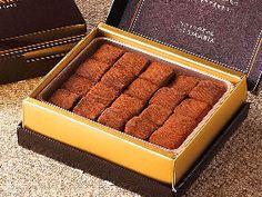 生チョコレートの発祥は日本だった! 今すぐ行きたい、元祖「生チョコレート専門店」の新顔 Blush, Dressing, Beauty, Rouge, Beauty Illustration