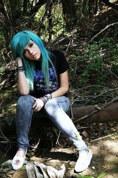 Leda Muir blue hair