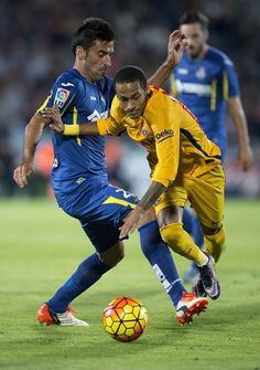 of FC Barcelona competes for the ball with Damian Suarez of Getafe CF and his team mate Victor Rodriguez (R) during the La Liga match between Getafe CF and FC Barcelona at Coliseum Alfonso Perez on October 2015 in Getafe, Spain. Neymar Football, Neymar Jr, Fc Barcalona, Good Soccer Players, October 31, Backstage, Barcelona, Spain, Sports