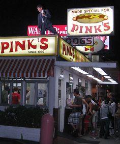 Must Pinks chilidogs