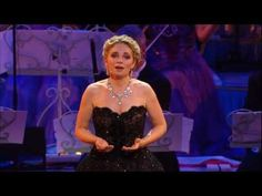 André Rieu - Don't cry for me Argentina live at Radio City, New York - YouTube