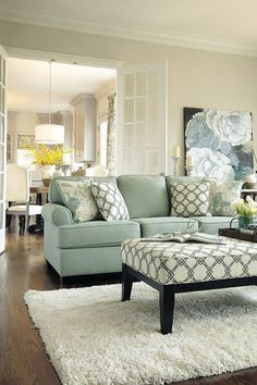 Great 30+ Perfect Transitional Living Room Decor II https://modernhousemagz.com/30-perfect-transitional-living-room-decor-ii/