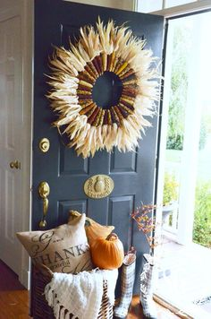 OMG! This is a must make for just above my bench ~ this is stunning! 10 FABULOUS FALL ELEMENTS TO USE IN YOUR HOME