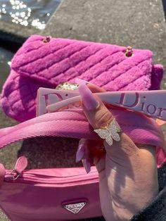 Trendy Purses, Cute Purses, Luxury Purses, Luxury Bags, Cute Bags, Pink Aesthetic, Girly Things, Purses And Handbags, Fashion Bags