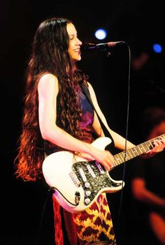 My bitch Alanis Morissette is amazing. She doesn't care what others think, she just speaks her mind and shows it in her videos too. Certainly as original as they come. Alanis Morissette, Bass, Rock Roll, Music Is Life, My Music, Women Of Rock, Guitar Girl, Shows, Female Singers