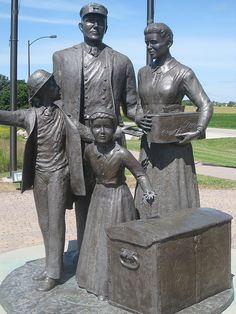 Norwegian immigrant memorial, Lake Mills IA