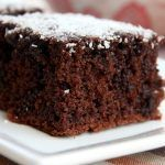 Moist chocolate with light and thermomix Source by sofialice Food Cakes, Chocolate Brownies, Mint Chocolate, Bolo Chocolate, Brownie Recipes, Cake Recipes, Chocolates, Healthy Zucchini Brownies, Dessert Light