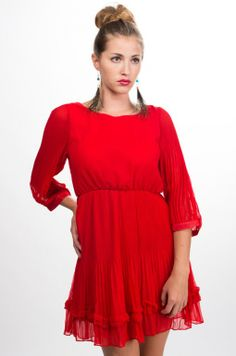 Pleated Long Sleeve Red Dress #holiday #partydress #cocktaildress