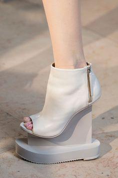 Iris Van Herpen at Paris Fashion Week Spring 2016 - Livingly