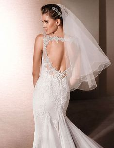 bridal veil elbow length tulle scalloped edge two tier