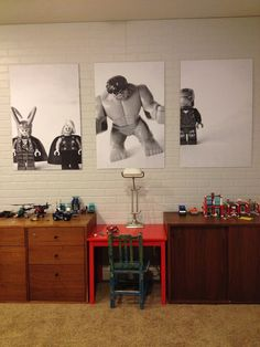 Forget the desks. I'm totally digging on the artwork. Easily done by taking photos of your kids favorite toys, then having them printed out poster size. Love! via: the boo and the boy: kids desk spaces