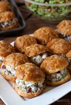 Chicken Salad Gougeres made with a chunky chicken salad with grapes, celery, and pecans in a creamy sauce lightened up by using reduced fat sour cream and mayonnaise. Chicken Salad With Grapes, Salad Chicken, Chicken Salad Recipe With Cream Cheese, Shrimp Salad, Beste Burger, Good Food, Yummy Food, Profiteroles, Cooking Recipes