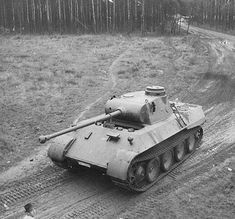 Panzer Iii, Tiger Tank, Military Art, Military Uniforms, Armored Fighting Vehicle, New Tank, Ww2 Tanks, Benz S, Tank Design