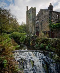 Old Lumbutts Mill, Todmorden, Calderdale, West Yorkshire (by Entropic Remnants, via Flickr)