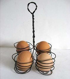 Vintage Wire Ware 4 Egg Holder with Tall by kelleystreetvintage