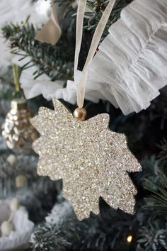 Diy Leaf Glitter Ornaments - can make any shape - so pretty and the kitties can't break them!