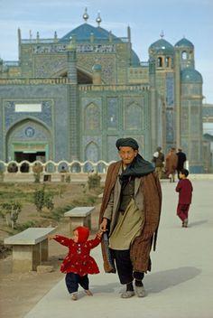 BALKH, AFGHANISTAN: Mazar-e Sharif mosque  Afghan Images Social Net Work:  سی افغانستان: شبکه اجتماعی تصویر افغانستان http://seeafghanistan.com