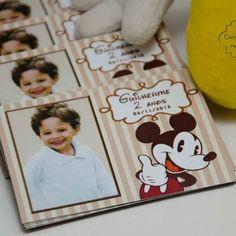 Hoje o Mickey completa 85 anos... Veja essa festinha que conta a Evolução do Mickey ao longo de todos esses anos!!!!