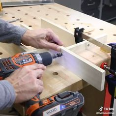 Organize your drawers the DIY way! - Get Instant Access To 50 FREE Woodworking Plans at our website above👆🏼( if you use your phone - Popular Woodworking, Woodworking Videos, Woodworking Wood, Diy Furniture Videos, Furniture Making, Diy Videos, Diy Painting, Home Organization, Home Projects