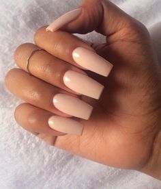 The perfect proof that coffin nails do not have to be creepy. Romantic and sweet for the cute and adorable girls, these pale pink nails are spot on. A perfect example of why coffin nails were once Hot Nails, Nude Nails, Coffin Nails, Hair And Nails, Pink Coffin, Beige Nails, Cream Nails, Pink Nails, Stiletto Nails