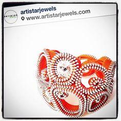 Jessica Grespi #jfprojectdotcom #regram #artistarjewels #JFproject #JF #swarovski #shine #contemporaryjewels #gioielli #gioiello #artistarnetwork #bracelet #orange #silver #handmade #madeinitaly #milano #design #designdelgioiello #jewelry #jewellery #fashion #luxury #instadetails #instapic #instagram  (presso JF project)