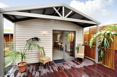 Granny flats are a fully self contained home extension that is built on the same block of land that you own. Modern Granny Flat Designs available from Matt's Homes and Outdoor Designs, Bayswater, Melbourne. One, two, three bedroom available, DIY kit form or full installation and permits etc organised by Matt's Homes.