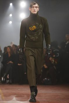 #AlexanderMQueen #Menswear #FallWinter2015 #London