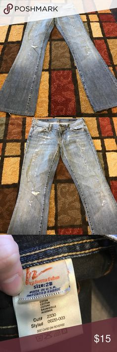 Citizens of humanity distressed jeans size 28 Citizens of humanity...size 28...distressed...low waist flair Citizens of Humanity Jeans Flare & Wide Leg