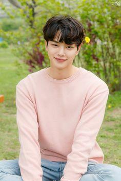 Kpopmap: Anywhere In The World Song Kang Ho, Sung Kang, Jung So Min, Kpop, Handsome Korean Actors, Sweet Boyfriend, Cute Korean Boys, Cute Actors, Kdrama Actors