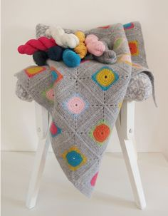 Handcraft Kits – Luxury Granny Square Crochet Blanket Kit / DIY – a unique product by WarmPixie on DaWanda Plaid Au Crochet, Striped Crochet Blanket, Crochet Squares, Love Crochet, Crochet Blanket Patterns, Crochet Blankets, Crochet Granny, Crochet Home, Diy Crochet