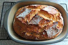 Es ist mal wieder Zeit für ein neues Brot. Aus Dinkel mit einem kleinen Roggenanteil wird ein leckeres Brot....