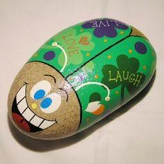 Irish Night Garden Bug Dot Painting, Stone Painting, Painted Rocks Kids, Painted Stones, Rock Hand, Garden Bugs, Night Garden, Outdoor Crafts, Pet Rocks