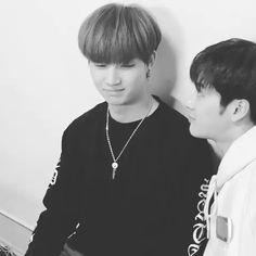 IM LAUGHINSDJ SO HARD WHYUSN | jackson wang jaebum jackbum got7