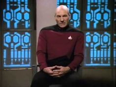 Patrick Stewart Gives Passionate Response to Question At Comicpalooza 2013 - YouTube