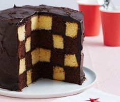 Vanilla and Chocolate Checkerboard Cake: As delicious as it is fun to make, this checkerboard cake will make for the perfect tea time treat! Sweet Recipes, Cake Recipes, Dessert Recipes, Desserts, Healthy Recipes, Chocolate And Vanilla Cake, Chocolate Recipes, Chocolate Cakes, Checkered Cake
