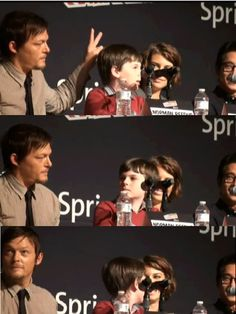 "lalalandforb:  bloodsuckingzombie-werewolflover:  HAHA! ""The Walking Dead"" cast   This is always funny."