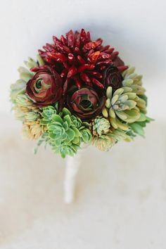 Succulent and chili pepper bouquet | photo by Cinzia Bruschini | 100 Layer Cake