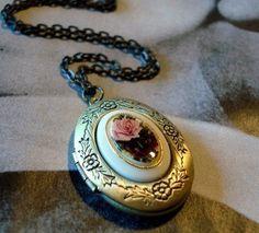Romantic Vintage Locket with Flowers Red and by RhondasTreasures, $23.00
