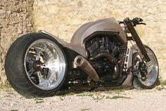 Harley Davidson custom - Wolf V-Rod X, sick custom work! Love the look