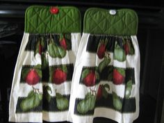 Set of Two Hanging hand towel/pot holder with red apple and