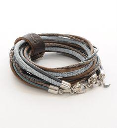 Pimps & Pearls handgemaakte leren armband model Moesss Multi uit de Roses, Rock and Love… autumn collection 2013 in blauw dessin - NummerZestien.eu